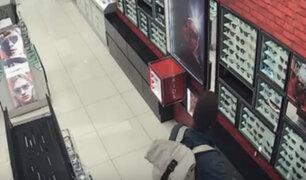 Aeropuerto Jorge Chávez: detienen a chilenos intentando robar lentes y perfumes