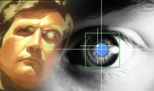 Crean lentes de contacto con zoom que se activan al parpadear