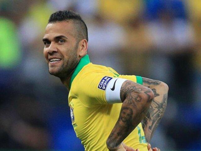 Dani Alves: mira el polémico mensaje del futbolista ante triunfo de la selección peruana