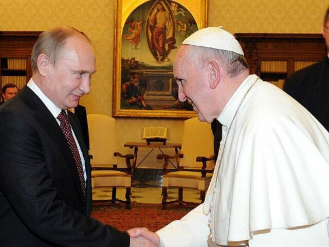 Francisco y Putín se reúnen y hablan sobre Venezuela, Siria y Ucrania en el Vaticano