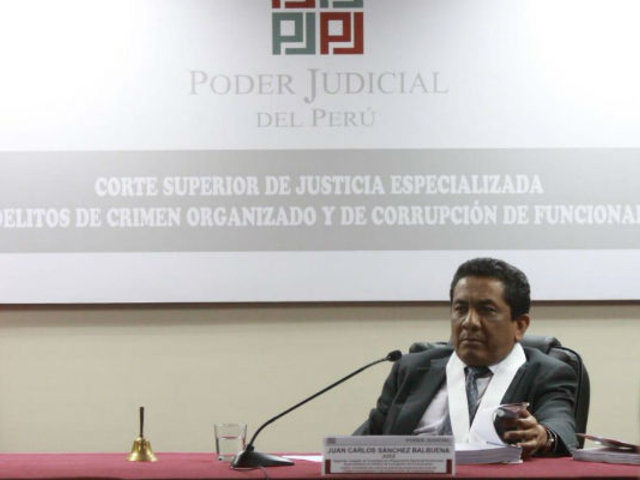 Juez dio por finalizada audiencia de requerimiento de incautación de celular de Alan García