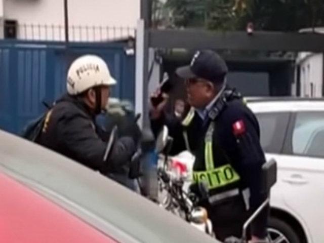 San Isidro: transeúntes critican acalorada discusión de sereno y policía