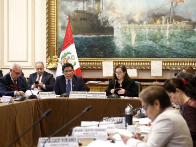 Predictamen de Constitución plantea hasta 8 años de cárcel por financiamiento ilegal