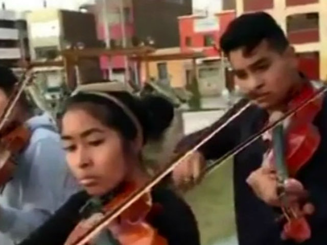 Ica: serenos desalojaron a orquesta sinfónica que recaudaba fondos