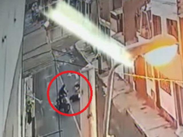 Callao: mujer es víctima de violento robo a pocas metros de su casa