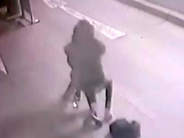 Cercado de Lima: joven sufrió violento asalto tras salir de su trabajo