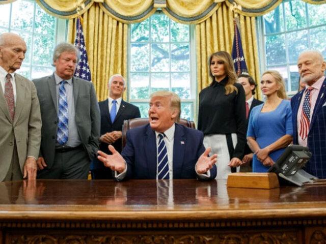 Donald Trump recibió en la Casa Blanca a los astronautas del Apolo 11