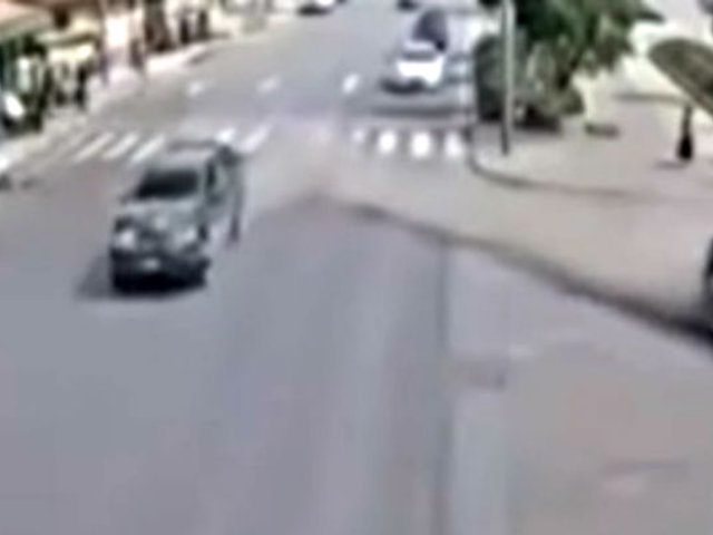 Cusco: camioneta a toda velocidad choca contra auto