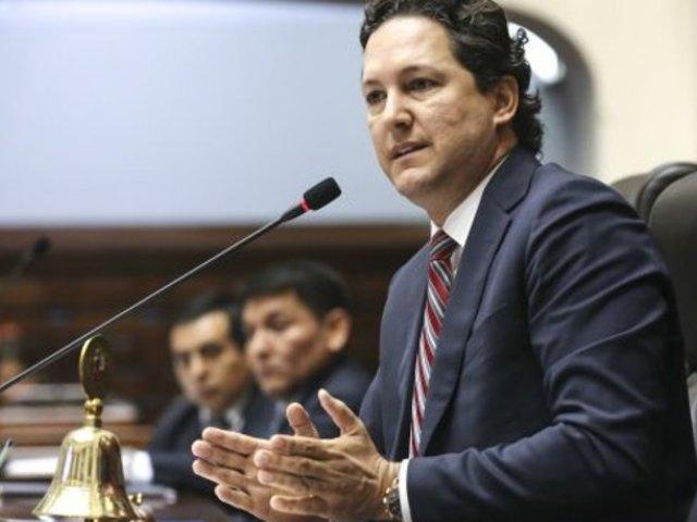 Daniel Salaverry desiste de demanda de amparo contra Comisión de Ética