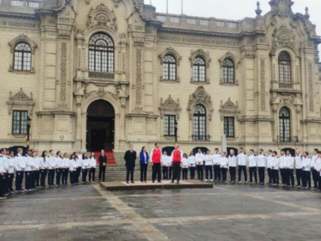 Martín Vizcarra entregó bandera nacional a delegación de Panamericanos