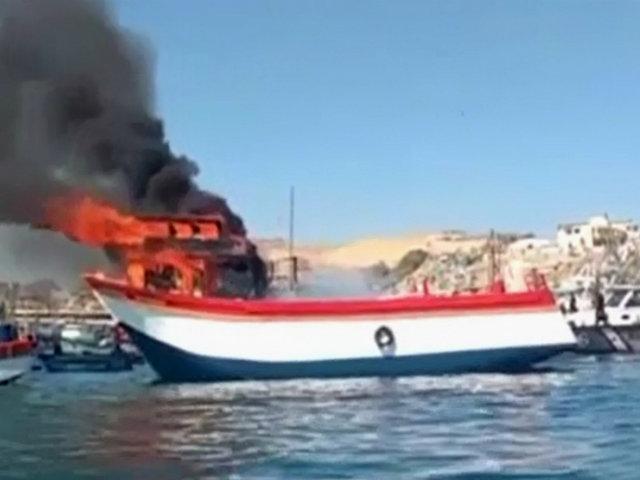 Piura: dos embarcaciones pesqueras se incendian en muelle de Paita