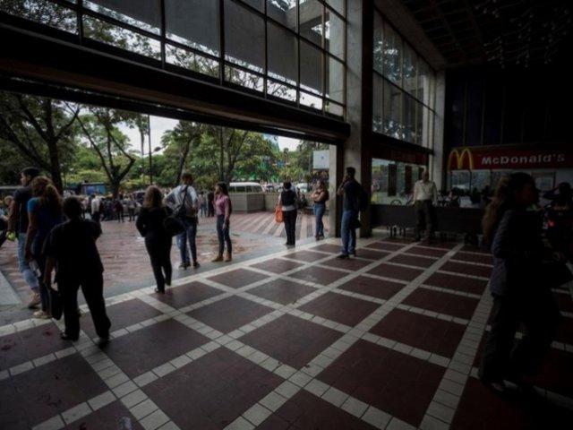 Venezuela: retorna gradualmente el servicio eléctrico tras apagón