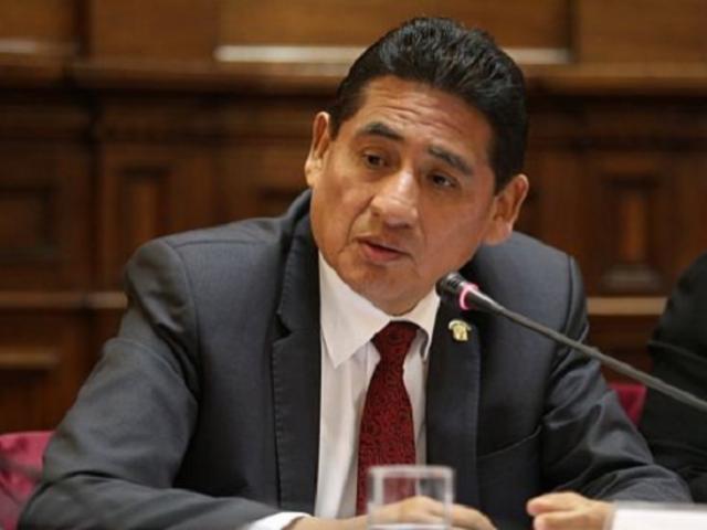 Alcalá asegura que Fuerza Popular no postulará a la presidencia del Congreso