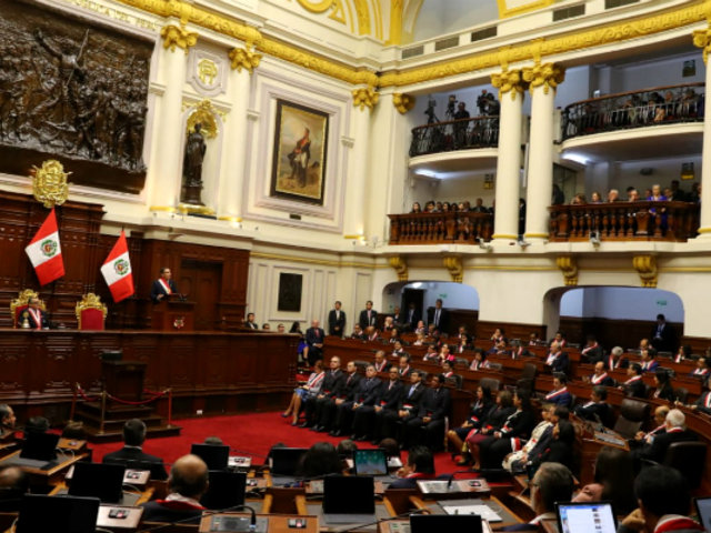 Vizcarra propone adelanto de elecciones congresales y generales para 2020