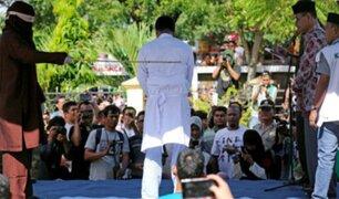 Indonesia: azotan a pareja por tener relaciones sexuales antes del matrimonio