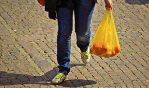 Bolsas de plástico ya se cobran en todos los comercios del Perú