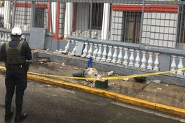 Corredor Azul: bus se estrella contra embajada de Venezuela para evitar arrollar a ciclista