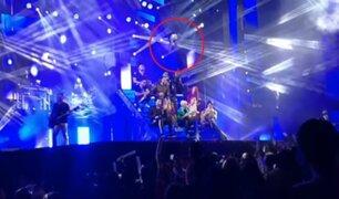 Acróbata cae al vacío durante un espectáculo en España