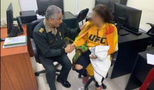 Policía Nacional brinda apoyo a extranjera agredida en San Luis