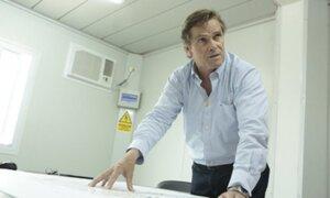 """Carlos Neuhaus: """"podríamos lograr que un porcentaje de la vacuna de Oxford llegue al Perú"""""""