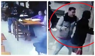 Cercado de Lima: delincuentes asaltan a comensales de pollería en menos de un minuto