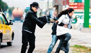 Carabayllo: padres de familia junto a sus hijos fueron asaltados en los exteriores de colegio