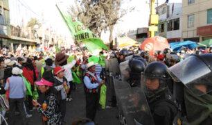 Arequipa: manifestantes se enfrentan a policías