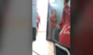 Callao: escolares son captados maltratando a profesora