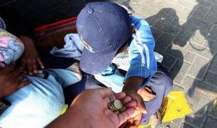 Obligaban a sus hijos a pedir limosna en inglés a extranjeros