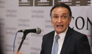 Héctor Becerril descartó que los congresistas tengan miedo de debatir el adelanto electoral