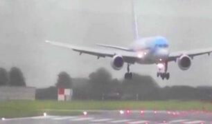Impresionante: avión aterriza de costado debido al mal clima
