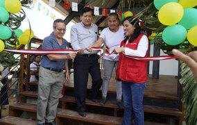 Madre de Dios: Ministra Flor Pablo inauguró colegio en Tambopata