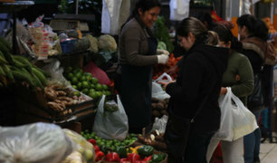 Ley de plásticos: continúa uso indiscriminado de bolsas en mercados