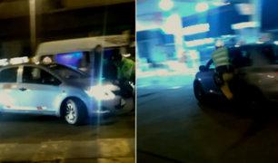 Surco: violento chofer arrastró más de 15 metros a policía y huyó