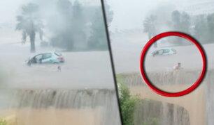 España: conductora sale nadando de su auto debido a las inundaciones en Mallorca
