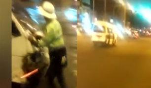 San Borja: chofer de combi embiste a policía pero este logra sobrevivir