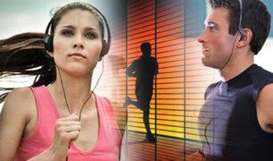 Estudio revela que escuchar música hace que te canses menos haciendo deporte