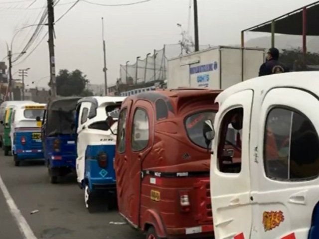 Comas: realizan operativo contra mototaxis informales