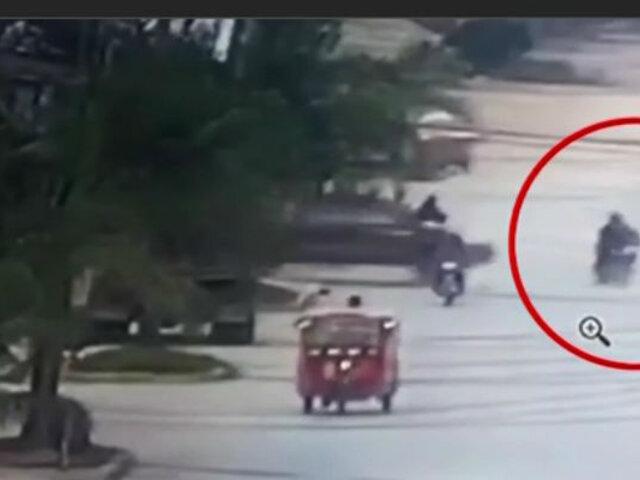 Oxapampa: camioneta impacta contra moto y deja un muerto