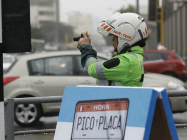 Pico y Placa: con 250 efectivos policiales se inició imposición de multas