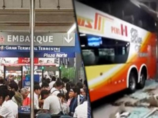 Terminal Plaza Norte: bus se empotra en sala de espera y deja tres heridos