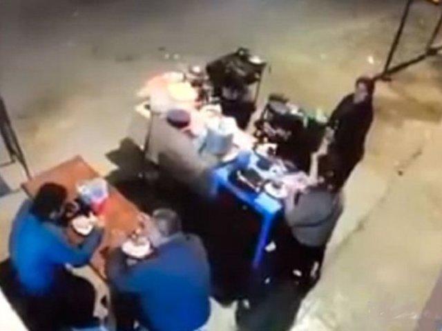 Trujillo: siete heridos deja choque de camión contra puesto de comida