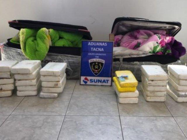 Tacna: incautan 30 kilos de cocaína en la bodega de bus interprovincial