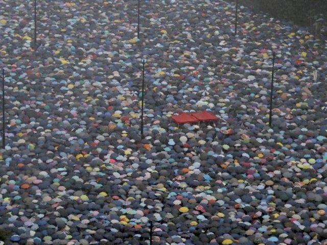 Hong Kong: más de un millón marchan pese a amenazas de China