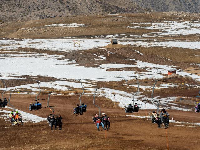 Chile: centros de esquí se quedan casi sin nieve por cambio climático