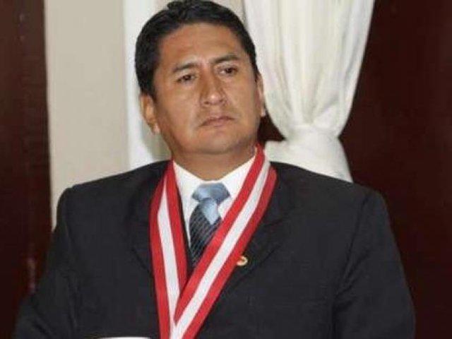 Vladimir Cerrón se entregó a las autoridades en Junín