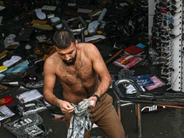 Turquía: el Gran Bazar acabó inundado tras torrenciales lluvias