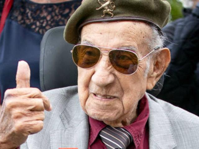 Francia: héroe peruano que participó en Desembarco de Normandía regresó tras 75 años