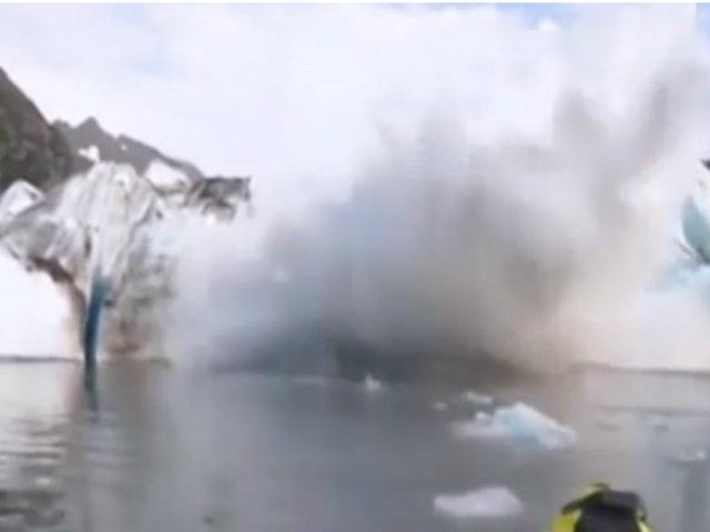 Alaska: deshielo de glaciar provoca gigantesca ola y sorprende a excursionistas de kayak