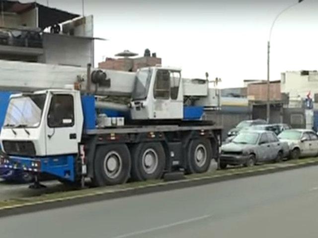 Cercado: Av. Naciones Unidas es invadida por vehículos